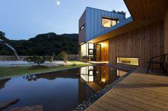 Ssangdalri House | Gongju-si, Chungcheongnam-do, South Korea | Hyunjoon Yoo Architects | photo © Youngchae Park
