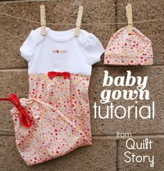 Baby Gown Tutorial ♥ These are the best for boys or girls! My FAVE ♥ Craftyagentmom - Baby Gown Tutorial ♥ These are the best for boys or girls! My FAVE ♥ Craftyagentmom Baby Gown Tutorial ♥ These are the best for boys or girls! Baby Sewing Projects, Sewing For Kids, Sewing Ideas, Sewing Crafts, Craft Projects, Baby Gown, Handmade Baby, Diy Baby, Baby Kind
