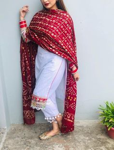 Dress Indian Style, Indian Dresses, Indian Outfits, Indian Wedding Outfits, Patiala Suit Designs, Kurti Designs Party Wear, Kurta Designs, Pakistani Dresses Casual, Pakistani Dress Design