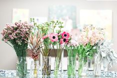 Lined up and ready to go! | Floral tutorial from the ladies at Ivory + Beau | Apt B. Photography