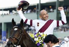 Mike Smith  Eclipse Award for Outstanding Jockey in 1993 and 1994;  George Woolf Memorial Jockey Award in 2000;  Hall of Fame in 2003;  Mike Venezia Memorial Award in 1994;  Big Sport of Turfdom Award in 2009/2010