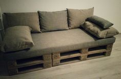 They laugh at me at first when i mentioned, that I'll do my own sofa out of pallets. Now they don't laugh anymore :) Cheep, Simple and Durable! #Pallet #Sofa #DIY #HomeMade #Recycled #Pallets #Idea