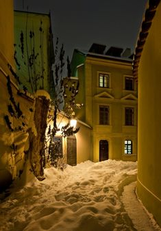Old Town lanes under snow, Prague, Czechia Prague Photography, Prague Winter, Snow Night, Foto Gif, Prague Czech Republic, Winter Scenery, Dream City, Night City, Eastern Europe