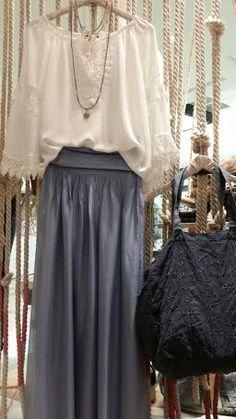 Blusones bordados | Moda y complementos- Madrid (Majadahonda) y La Vaguada-Palma-Zaragoza | Algo Bonito