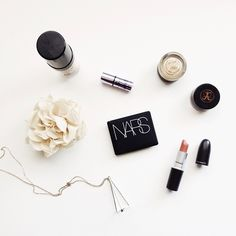25 Seriously Inspiring Beauty Flatlays FromInstagram   StyleCaster