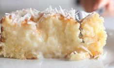 cake with a rich coconut base and grated coconut topping.A cake with a rich coconut base and grated coconut topping. Food Cakes, Cake Recipes, Dessert Recipes, Snacks Recipes, Coconut Recipes, Coconut Desserts, Köstliche Desserts, Let Them Eat Cake, Sweet Tooth