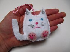 Felt Christmas Ornament Cat Holiday Ornament by NatesMommyMadeIt