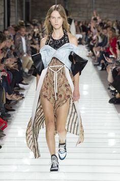 #LouisVuitton  #fashion  #Koshchenets Louis Vuitton | Ready-to-Wear - Spring 2018 | Look 32