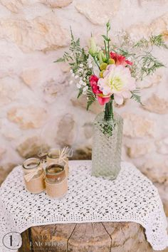 Vintage Wedding in Provence. Decoration created by Label' Emotion Provence - Vintage inspiration. www.label-emotion.com #Wedding #VintageWedding #Decoration #VintageInspiration #VintageDecoration #Vintage #Provence #Mariage #DecorationDeMariage #WeddingPlanner