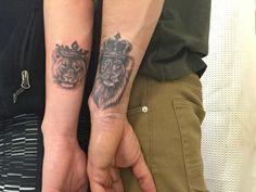 löwe und löwin als paar tattoo