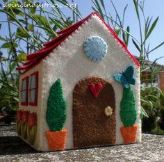 casa de feltro - senti pequena casa