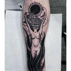 Burning Witch Tattoo by Nikos Tsakiris Badass Tattoos, Sexy Tattoos, Unique Tattoos, Body Art Tattoos, Sleeve Tattoos, Cool Tattoos, Fire Tattoo, Tattoo Set, Arm Band Tattoo