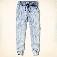 Denim Hollister Joggers Never been worn. Perfect condition. Let me know if you have any questions. Hollister Pants Track Pants & Joggers