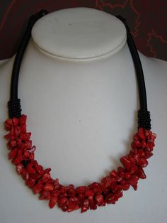 Red coral design necklace