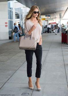 Rosie Huntington-Whiteley street style with Givenchy Antigona handbag  Givenchy Antigona b31cb4cda1508