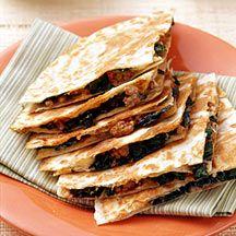 Quesadillas de ternera, queso azul y espinacas