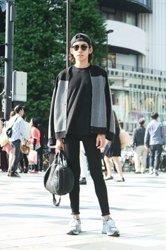 Tokyo Street Style: Jacket ALEXANDER WANG /Jeans Acne Studios /Shoes New Balance /More photo at: http://www.fashionsnap.com/streetsnap/2014-06-09/40742/