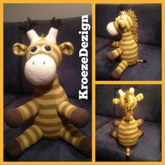 Hæklet giraf til Elliot i Herlev. Opskrift www.hjemmet.dk, økologisk bomuldsgarn fra #karenklarbæk #hækling #crochet #gaverernogetmanlaver #kroezedezign, January 2017
