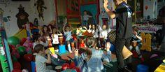 Sarbatoriti-va copilul intr-un loc special, cum ar fi un locul de joaca pentru copii Zuzi Party care organizeaza petreceri pentru copii cu animatori  si clovni, cu jocuri si jucarii, tobogane, trambulina.  http://zuziparty.ro/