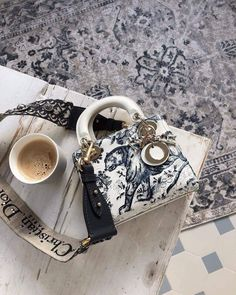 Coffee with Major Lady Dior! Tap the link in bio to shop your favorite at the best price Prada Handbags, Handbags On Sale, Purses And Handbags, Prada Purses, Ladies Handbags, Replica Handbags, Luxury Bags, Luxury Handbags, Designer Handbags