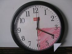 Tips for teaching kids time management, planning, and organization (aka- executive function skills). Pictured: To teach the passage of time, I like to use a dry erase marker to color on the face of a clock, like this. Study Skills, Life Skills, Coping Skills, Study Tips, Classroom Organization, Classroom Management, Classroom Ideas, Organization Skills, Behavior Management