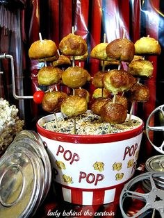 Lady Behind The Curtain - Movie Night With Pretzel Bites 5 Kino Snacks, Your Next Movie, Game Day Food, Fun Food, Homemade Pretzels, Thing 1, Bite Size, Pretzel Bites, Recipe Box