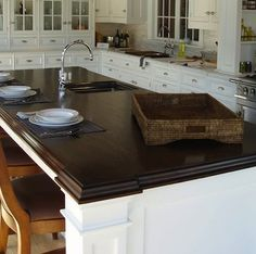 Ways To Choose New Cooking Area Countertops When Kitchen Renovation – Outdoor Kitchen Designs Outdoor Kitchen Countertops, Concrete Countertops, Kitchen Tiles, New Kitchen, Kitchen Cabinets, Walnut Countertop, Kitchen Backslash, Kitchen Island, Island 2