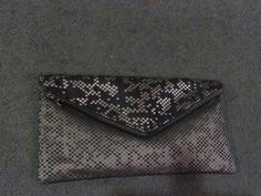 Rainy day sewing.Clutch Bag Finished.