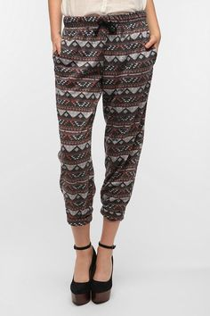 """BDG High-Rise Lounge Pant. Like I mentioned, I'm in desperate need of some pants and some printed lounge pants could me the answer to my """"what to wear"""" early morning shifts."""