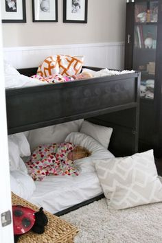 mommo design: KURA BED HACKS- love how cosy this can be made, not particularly the colour choice Big Girl Rooms, Boy Room, Kids Rooms, Kura Ikea, Ikea Bunk Bed Hack, Ikea Bed, Toddler Bunk Beds, Bunk Beds For Toddlers, Bunk Bed Crib