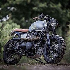 Who needs a ride this morning? #triumph : @westwardleather  Tag your pics and videos with @wheelsguru to be featured. Follow #wheelsguru @shahnawazkarim  Check our page: http://ift.tt/2c7NjU3 click the link in the bio  wheelsguru.com  #advrider #bmwmotorrad #adventure #dualsport #motorcycle #adv #enduro #makelifearide #ktm #advaddicts #moto #bmw #offroad #advlife #travel #dualsportlife #r1200gs #touratech #rideandshare #motorrad #wanderlust #bmwgs #sizematters #nodirtnoglory #motolife