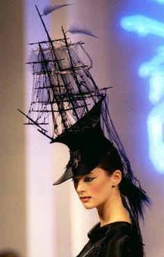 philip treacy boat hat - Hats for lady Marie Antoinette, Philip Treacy Hats, Crazy Hats, Fascinator Hats, Fascinators, Love Hat, Ascot, Derby Hats, Headgear