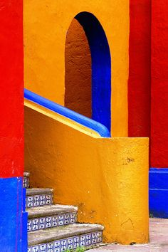 Rincón de Ex-Hacienda de Chautla, Mexico. Thats what I love about Mexico - the wonderful use of color.