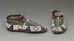 Pair of moccasins Sioux ca. late 19th Century