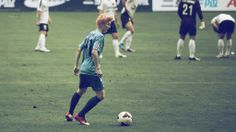 Play soccer with Luhan.