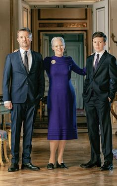 Queen Magrethe turns 80 years old on April In relation with her birthday various new portraits will be released. Denmark Royal Family, Greek Royal Family, Danish Royal Family, Casa Real, Royal Fashion, Fashion Looks, Denmark History, Prince Christian Of Denmark, Royal Families Of Europe