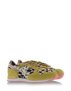 Shop online Women s Diadora Heritage By The Editor at shoescribe.com d4b21b71474