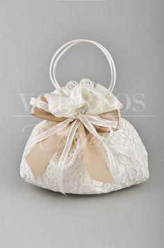 Μπομπονιέρες Γάμου | VOURLOS CONFETTI | Γάμος & Βάπτιση | Μπομπονιέρες - Προσκλητήρια - Κουφέτα Wedding favors-Bonboniere Sweet Bags, Creative, Wedding Stuff, Accessories, Sunshine, Weddings, Jute Bags, Wedding, Princess