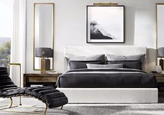 Tall mirrors and plain carpet Dream Bedroom, Master Bedroom, Bedroom Decor, Bedroom 2018, Home Office Decor, Home Decor, Bedroom Styles, Guest Bedrooms, Luxurious Bedrooms