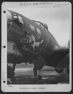 "B-17 ""Man-O-War"" Nose Art"