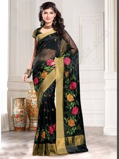 Чёрное индийское сари, украшенное вышивкой скрученной шёлковой нитью