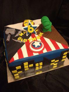 avenger theme cake http://cakesandcupcakesmumbai.com/2012/12/10/avengers-birthday-party-theme-cakes-cupcakes-mumbai/#
