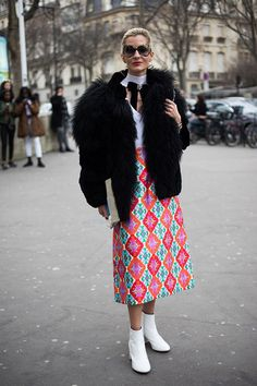 10 Paris Street Style Looks We Want to Copy | Man Repeller | Bloglovin'