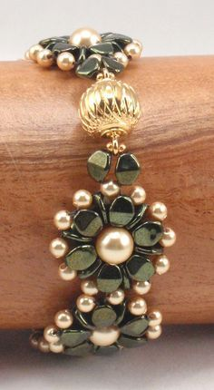 Poppy Song Beading bracelet by njdesigns1 #Seed #Bead #Tutorials