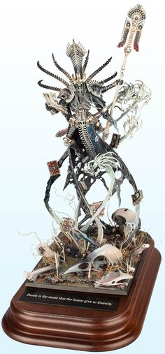 Warhammer Large Model: Gold – 2014 | Golden Demon