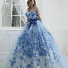 #weddingdress #dress #brids  #couture #flower #garly #gown  #ウエディングドレス#ドレス #カラードレス#プレ花嫁 #結婚準備#花嫁#婚紗#クチュール #フラワー#花#kiyokohata  #キヨコハタ