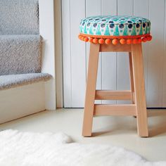 Are you interested in our stool? With our upholstered stool you need look no further.