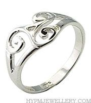 Handcrafted Sterling Silver Trinity Knot Celtic Ring. $47.59, via Etsy.