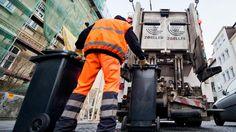 Aus vier Gründen darf die Müllabfuhr die Leerung der Tonnen verweigern. (Quelle: dpa/Julian Stratenschulte)