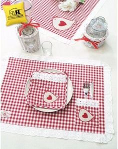 Home Textile Dowry Sets Crafts To Make, Home Crafts, Diy Crafts, Embroidery Patterns, Hand Embroidery, Sewing Tutorials, Sewing Projects, Place Mats Quilted, Table Runner And Placemats